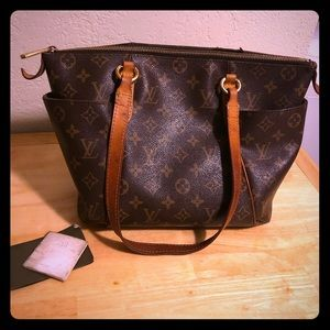 Louis Vuitton Shoulder Handbag